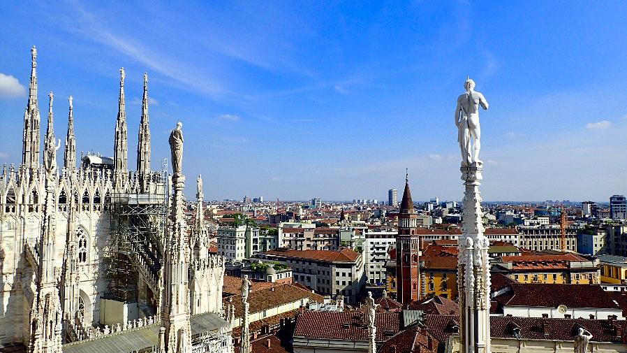 The Duomo di Milan.